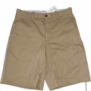 """Gap Khakis Relaxed Fit flat front shorts 31"""" NWT"""